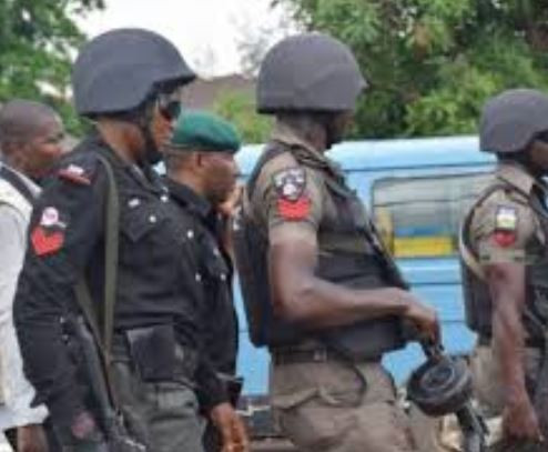 Drunk police officer allegedly stabs nine people at a night club in Ondo State