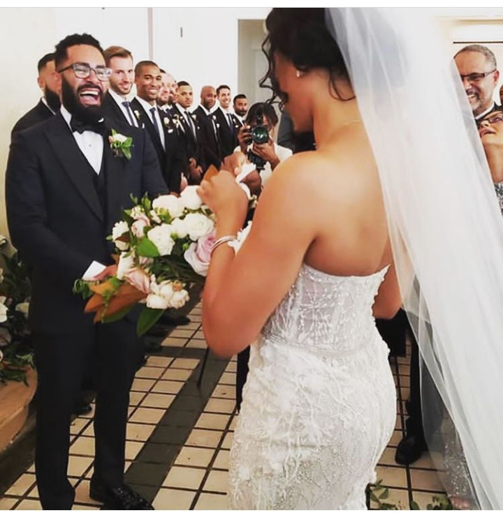 D.L. Hughley pictured walking his daughter Ryan down the aisle (photos)