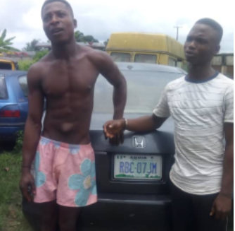 Photo: Notorious car snatchers arrested in Lagos