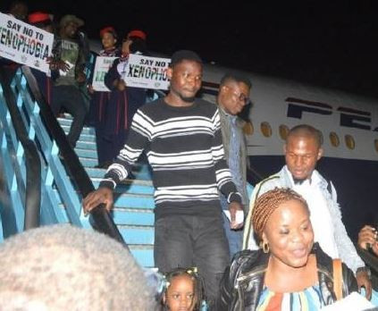 Update:?South Africa grants landing permit to airline evacuating Nigerians