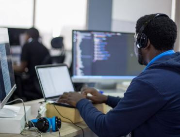 Tech company, Andela sacks 250 developers in Nigeria