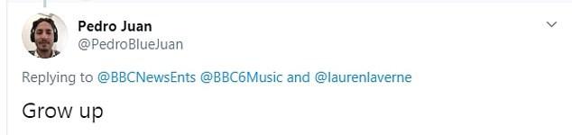 BBC stops livestream as British rapper, Slowthai shockingly holds up effigy of Boris Johnson