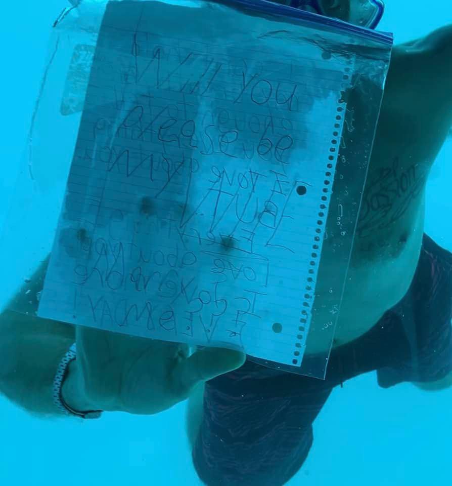 Man dies during underwater proposal to girlfriend