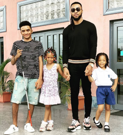 Flavour  shares adorable photo with his kids