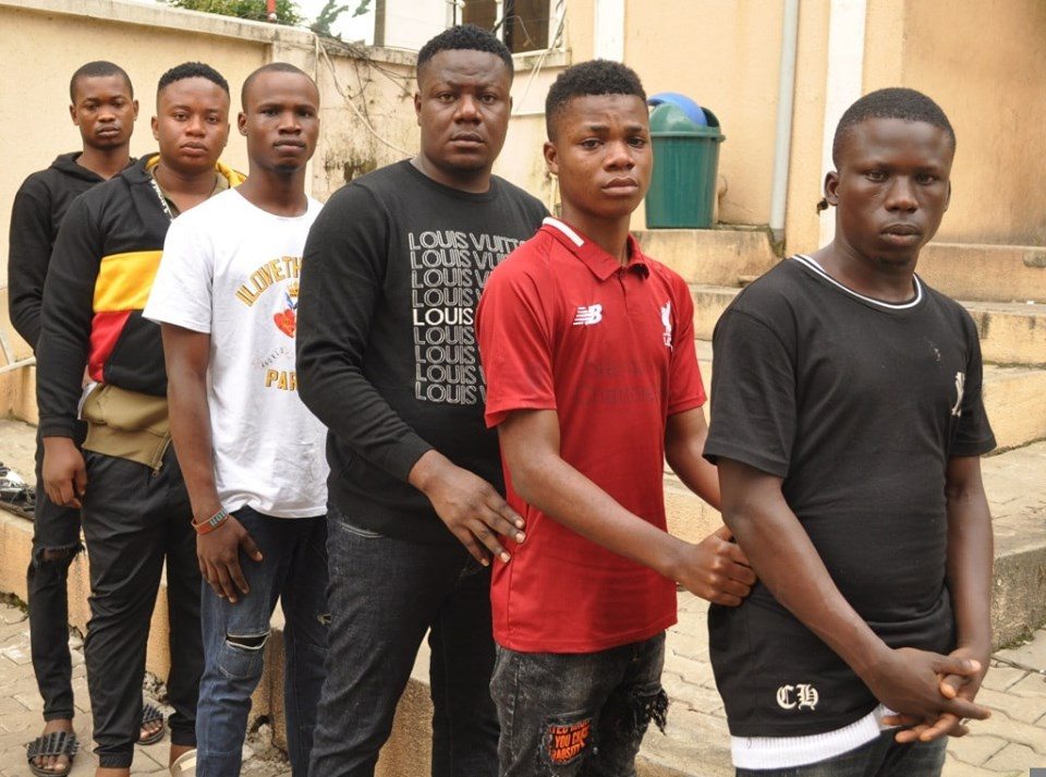 EFCC arrests 6 suspected internet fraudsters in Abuja