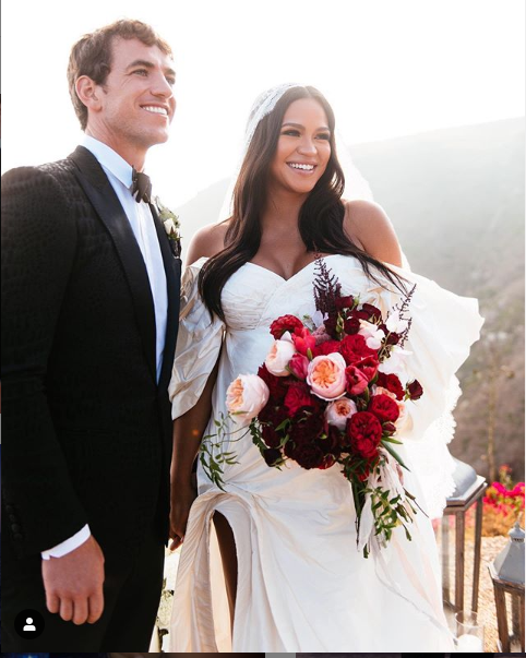 Singer Cassie and her husband Alex Fine share more photos from their wedding