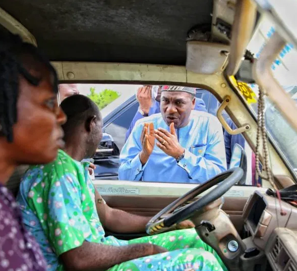 Lagos deputy governor, Femi?Hamzat arrests several drivers for