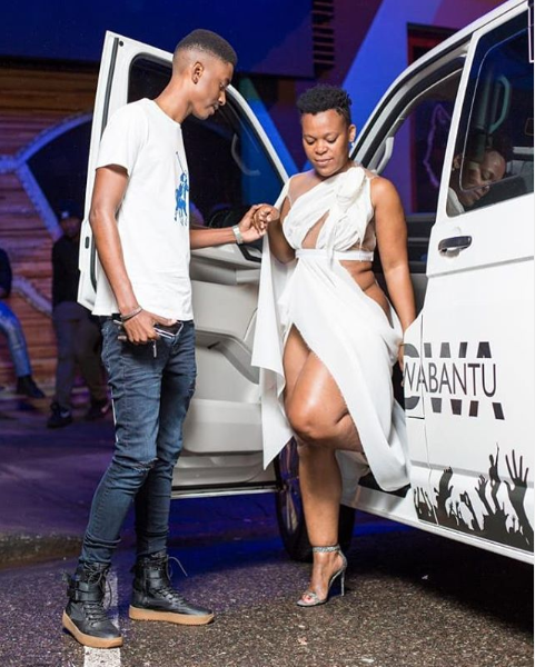 'Pantless dancer' Zodwa Wabantu pictured with her New Young Lover (Photos) 2