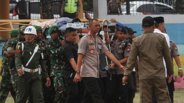 Indonesia security minister stabbed by 'IS radical' lindaikejisblog 1
