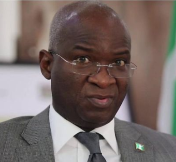FG will no longer refund?states for repairing Federal roads - Fashola