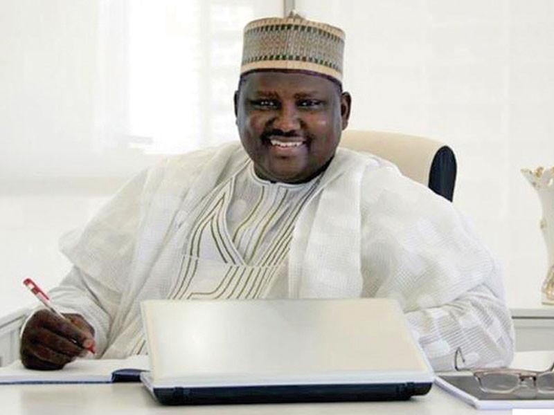 Niger Republic alerts FG of $1.7m (N610m) cash in Maina?s Niamey home