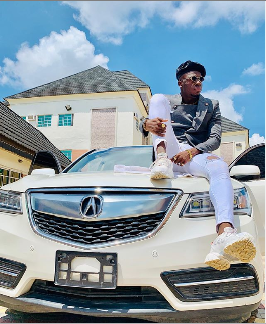 Comedian Akpororo shows off his new car (Photos)