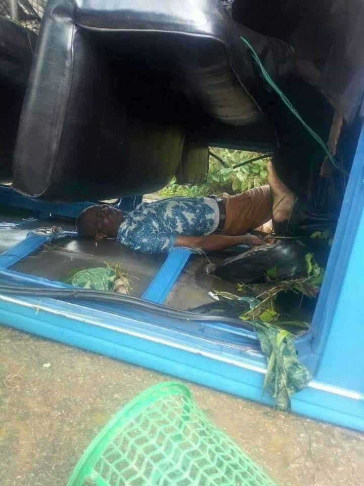 One survives, others killed as car plunges into river in Imo state (photos)