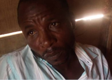 Security guard at a secondary school in Kaduna arrested for repeatedly raping female students (photo)