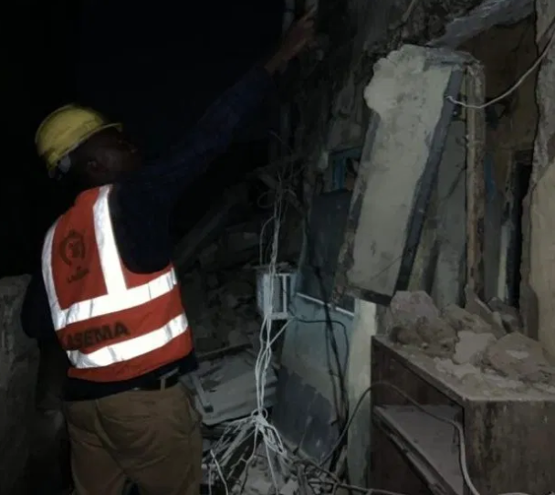 Again,?two-storey building collapses in Lagos