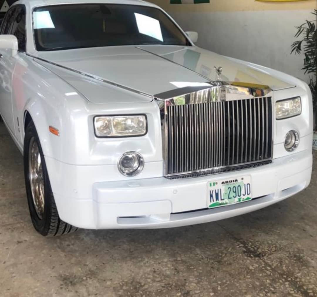 Kogi 2019: Traditional ruler receives white Rolls Royce Phantom (Photos)