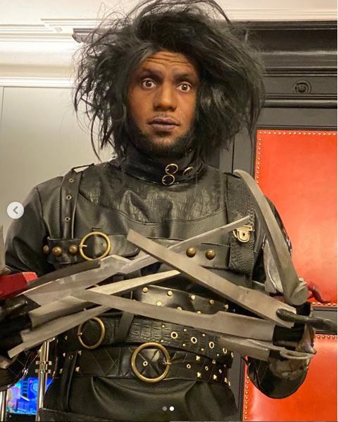 NBA star Lebron James dresses as Edward Scissorhands for Halloween (Photos)