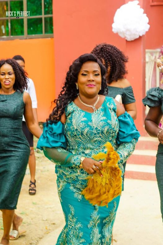 """""""I?m 35 years, a single mother, fat with stretch marks and God still found me worthy"""" - Newly married Ghanaian woman shares her testimony and wedding photos"""