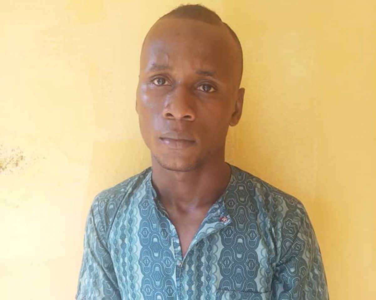 Man dupes teenagers of N418k and laptops with promises of marriage