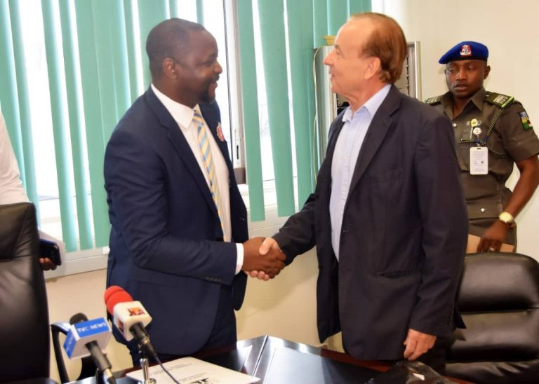 Sports minister Dare Sunday thanks Gernot Rohr for his contribution to Nigerian Football