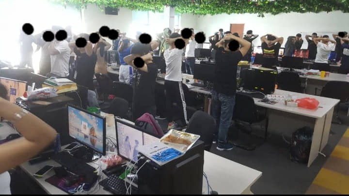 Largest online scam syndicate busted in Malaysia as nearly 1000 Chinese nationals are arrested [video]