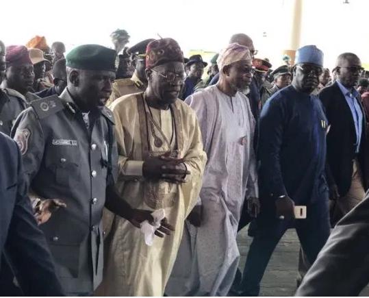 Border closure: FG sends high-power ministerial delegation to Seme (Photos)