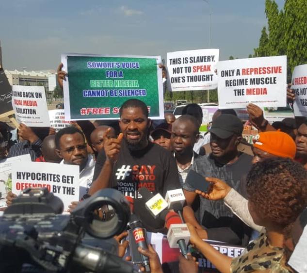#SocialMediaBill: Nigerians protest at the National assembly demanding senators shut down the bill (Photos)
