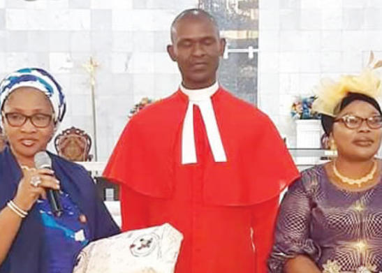 Lagos state government honors chaplain who was sacked after fallout with ex-governor, Akinwunmi Ambode?s wife