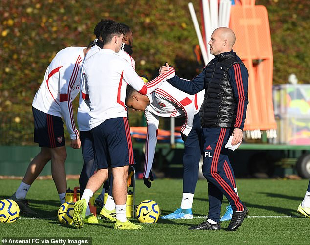 New Arsenal coach and legend, Freddie Ljungberg handles training for first time since Unai Emery