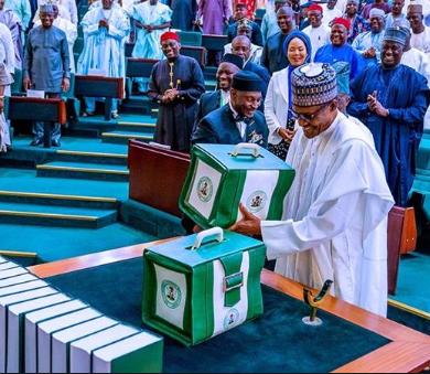 Nigerian?Senate increases and passes 2020 budget