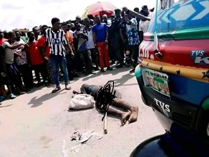 Angry mob beats suspected thief to death in Bayelsa (graphic photos)