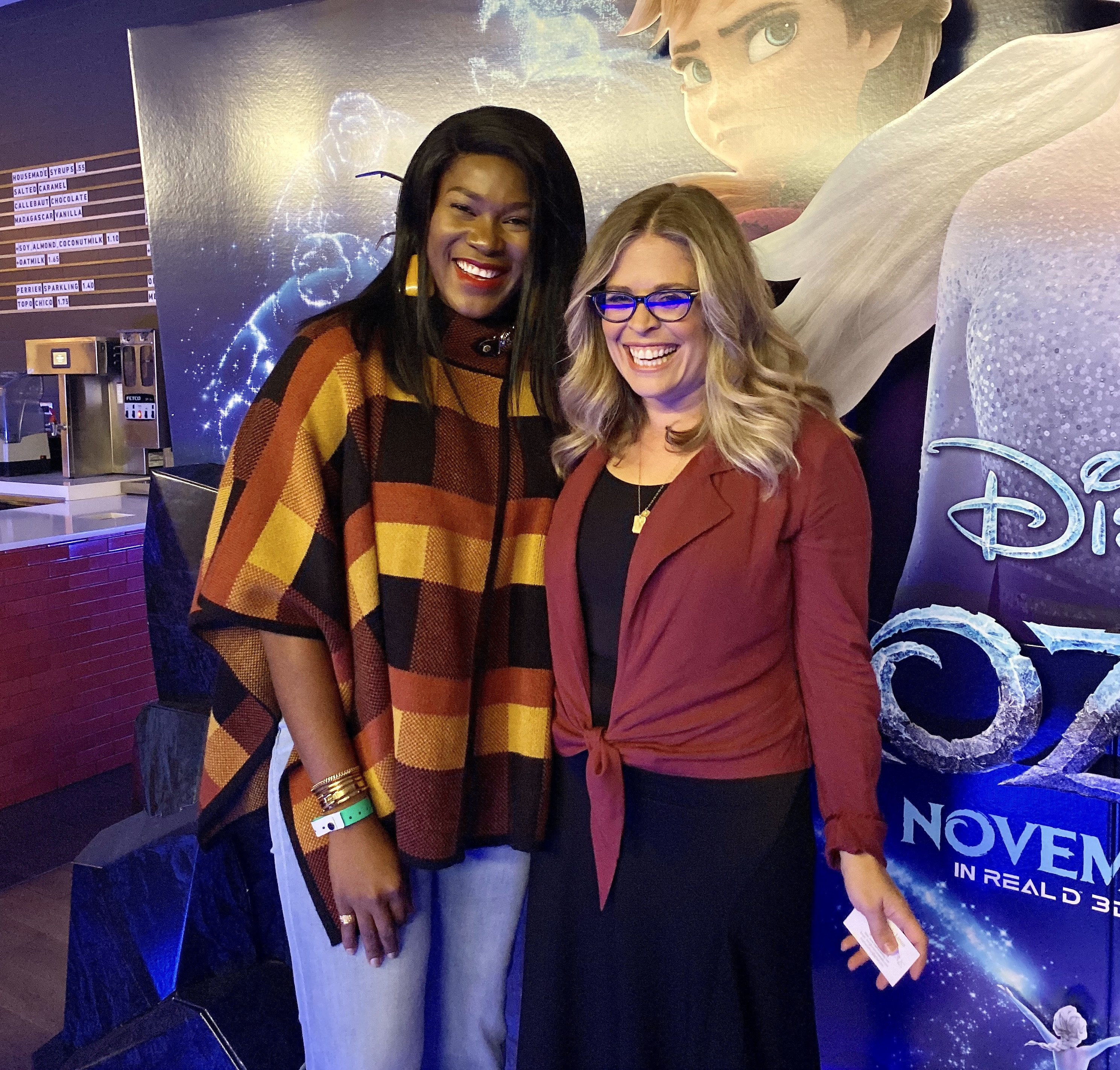 Stephanie Linus attends Fire Side Chat and Private Screening of Frozen 2 (photos)