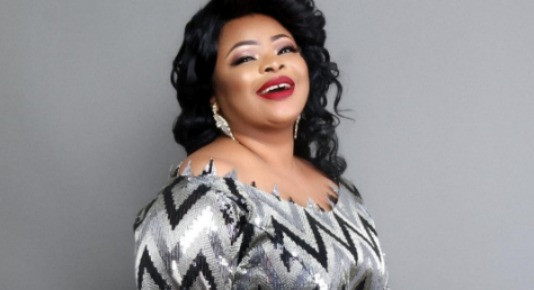 Dayo Amusa reacts to reports she is pregnant and getting married