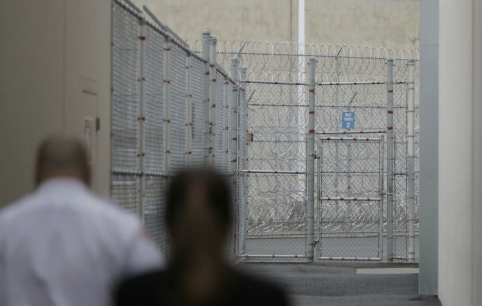 Nigerian man commits suicide in US detention center