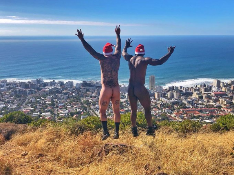 South African actor Sivuyile Ngesi shares naked Christmas photos (+18)