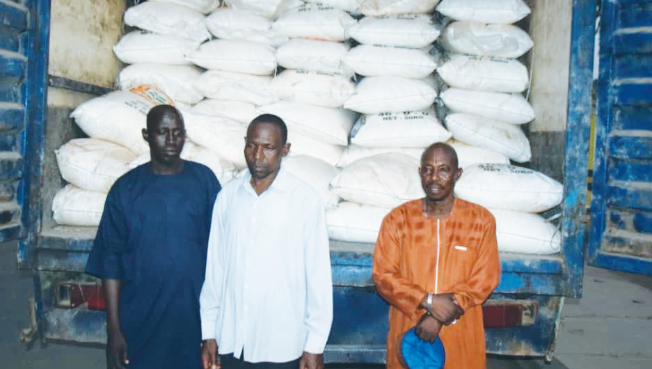 Three arrested with 300 stolen bags of fertilizer