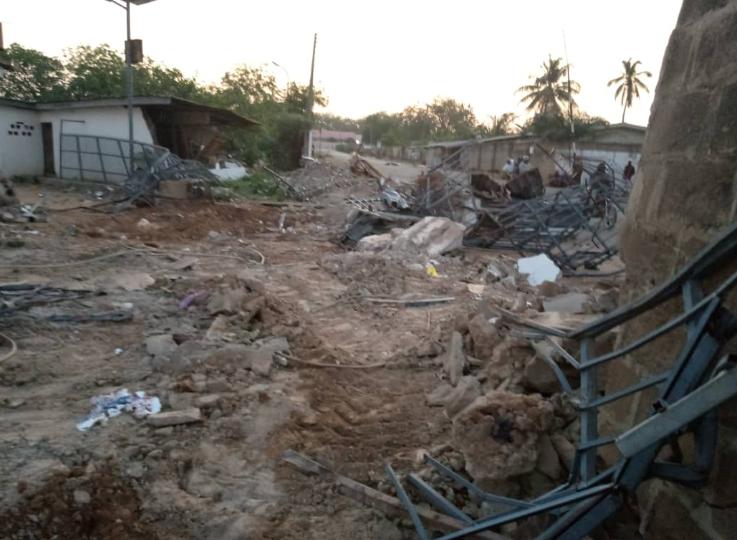 Kwara state government demolishes political home of ex-Senate President, Bukola Saraki