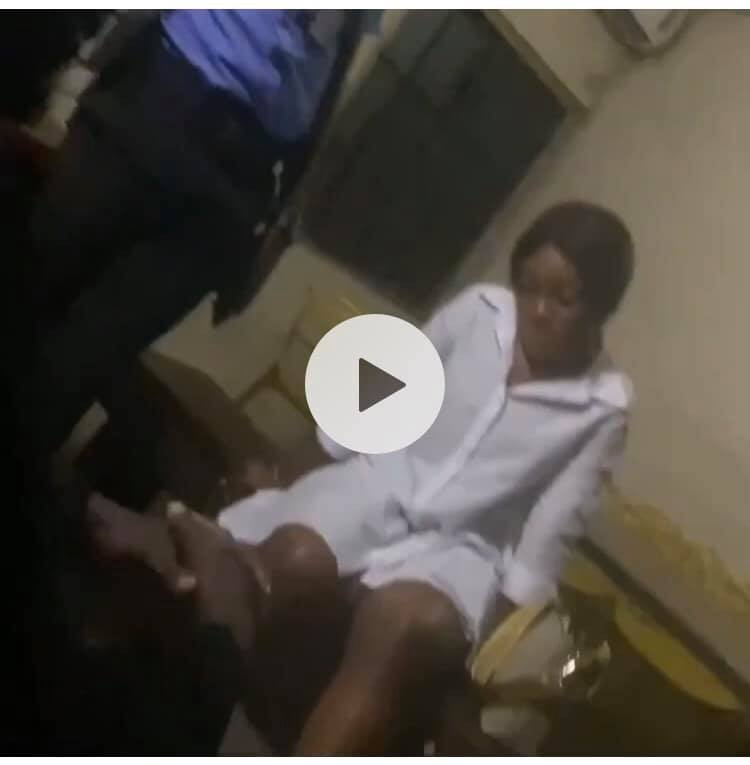 Nigerian lady arrested after she refused to return N950k which was transfered to her account by mistake (video)