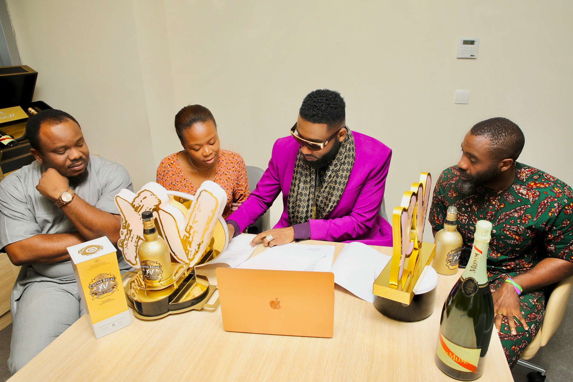 Global Celebrity Stylist SWANKYJERRY bags multi million Naira endorsement deal with Chivas Regal XV