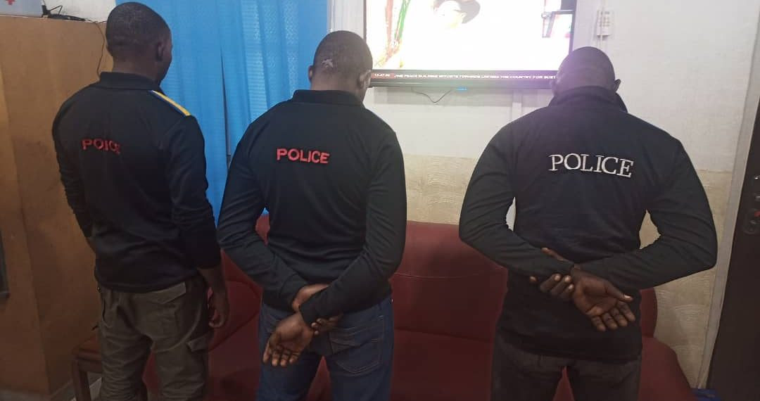 Police parade officers arrested for assaulting man for refusing to unlock his phone in Enugu