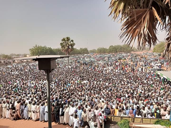Mammoth crowd attend funeral of Emir of Potiskum