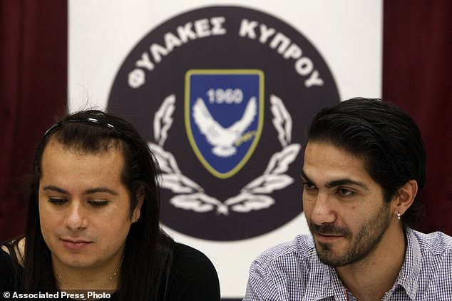 Gay inmates make history as they marry inside Cyprus prison after one of them intentionally got himself sent back to jail?(photos)