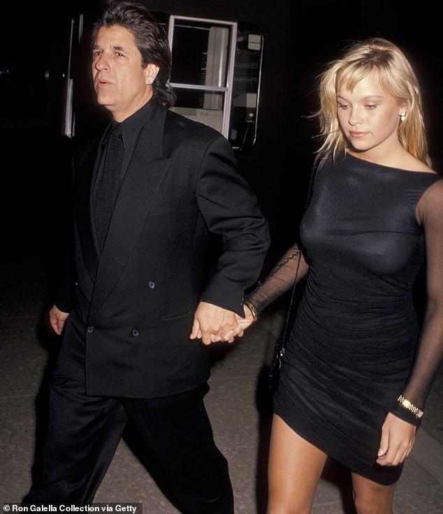 Pamela Anderson, 52, marries movie producer Jon Peters, 74 in secret 5th wedding?