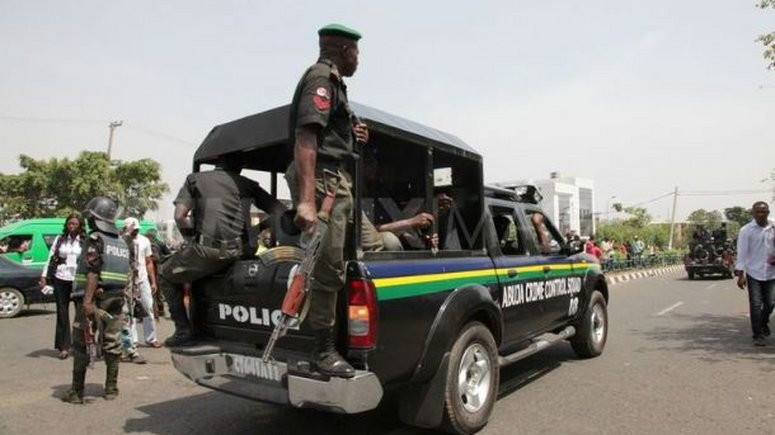 Man arrested for allegedly sleeping with his underaged daughters in Lagos