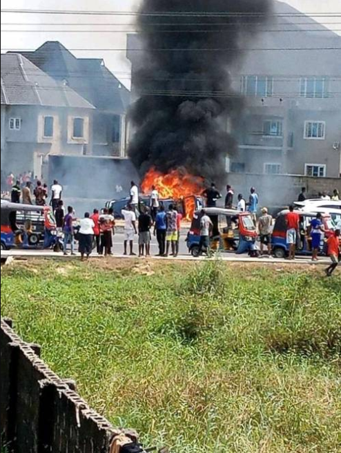 2 suspected thieves burnt to death by angry mob in Bayelsa