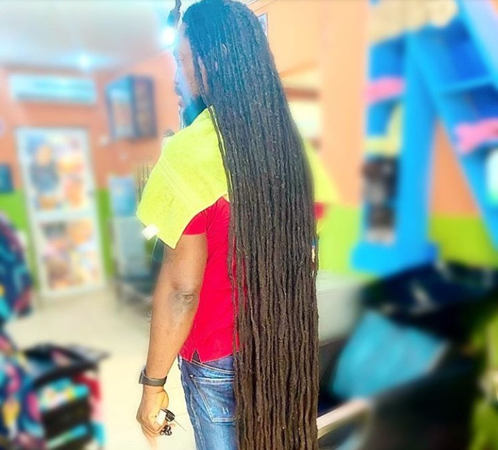 Daddy Showkey surprises his followers as he shows off the full length of his hair