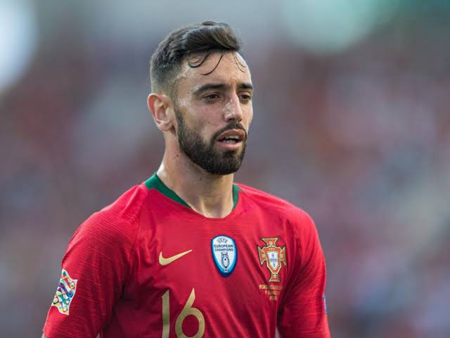 Manchester United confirm signing Bruno Fernandes for ?55m, barely a day after Club chief Ed Woodward
