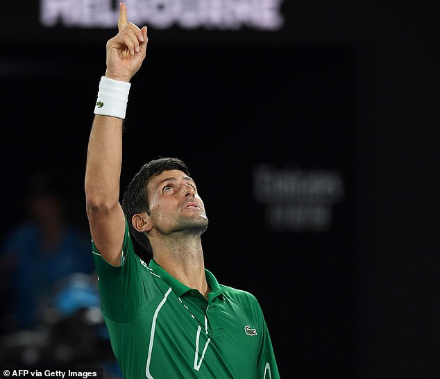 Novak Djokovic beats Roger Federer in straight sets to reach eighth Australian Open final as he aims his 17th Grand Slam (Photos)