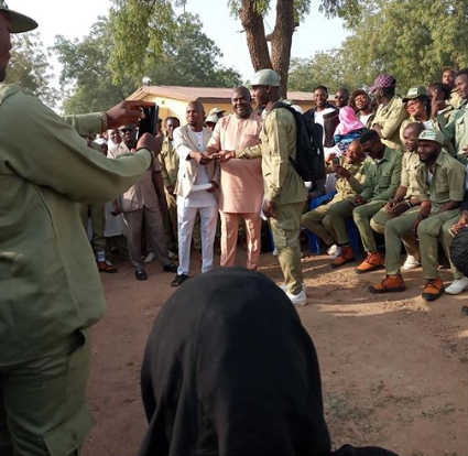 Kaduna corps member praised for returning the excess allowance paid into his account