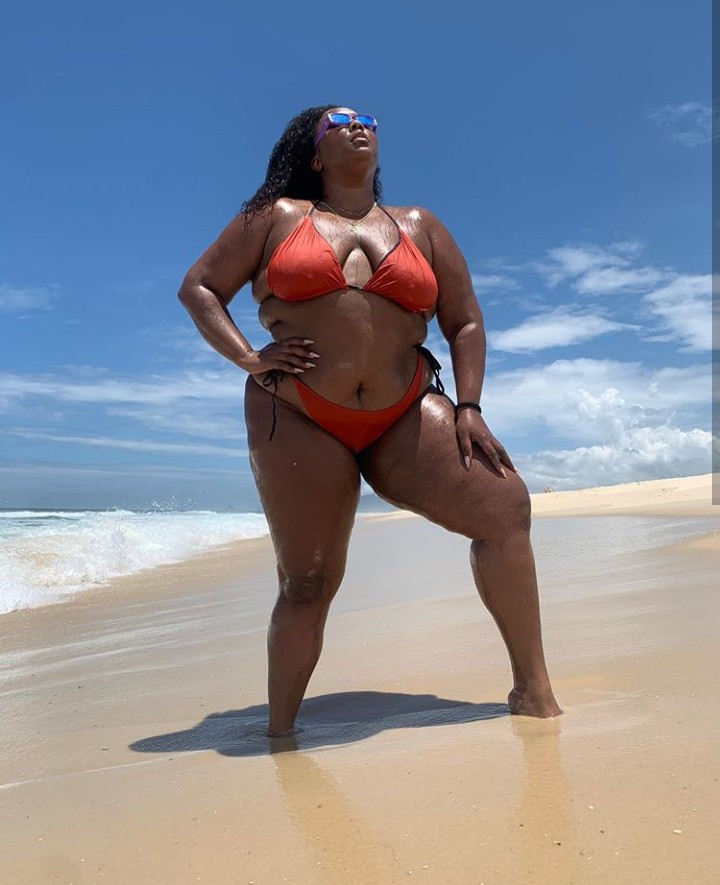 Singer Lizzo makes fun of her